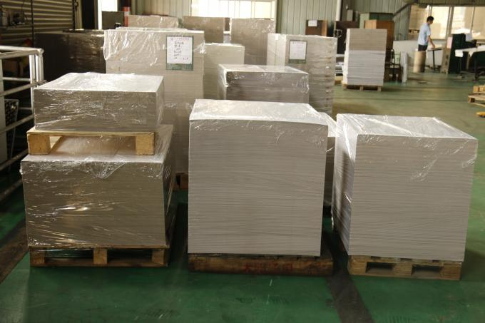C1S Clay Coated Paper Board , Printed Cardboard Sheets Free Sample